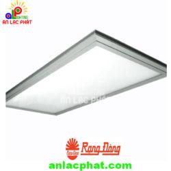 Đèn LED Panel P01 15×120/28W (E) Rạng Đông