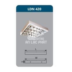 Máng đèn phản quang lắp nổi Duhal LDN420 công suất 4 x 9W