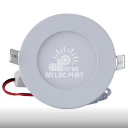 Đèn Led Panel tròn Rạng Đông 6W lỗ cắt 110 D PT04L tiết kiệm điện đến 60%