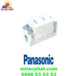 Ổ cắm đơn WN1001-7KW Panasonic dùng cho phích cắm dẹp